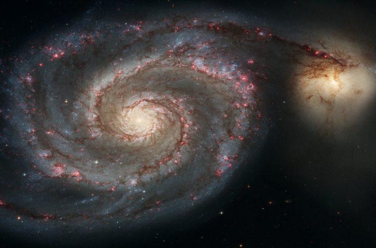 """""""O lado brilhante do Universo"""" é o nome da primeira sessão."""