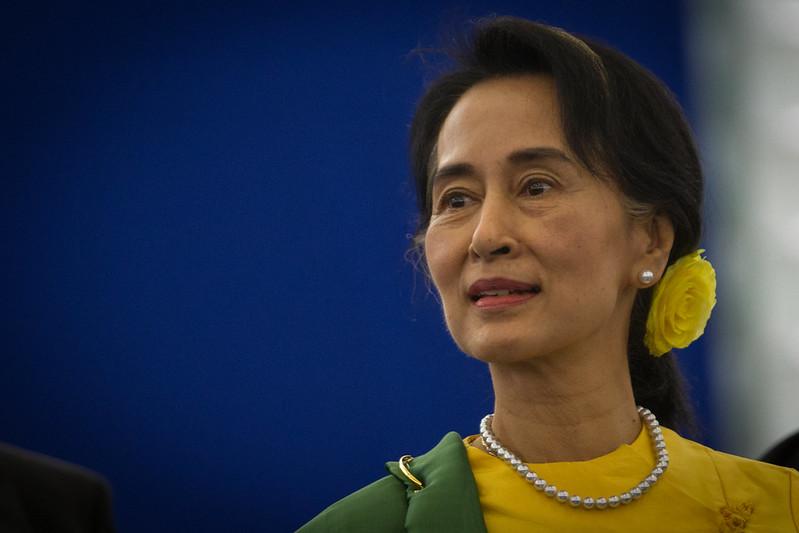 Aung San Suu Kyi em 2013