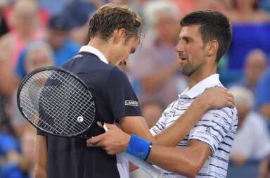 Djokovic tem vantagem no confronto direto com Medvedev, mas o russo venceu os últimos três entre ambos.