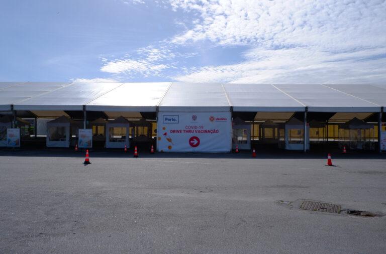 O centro de vacinação no Queimódromo poderá realizar duas mil inoculações por dia.