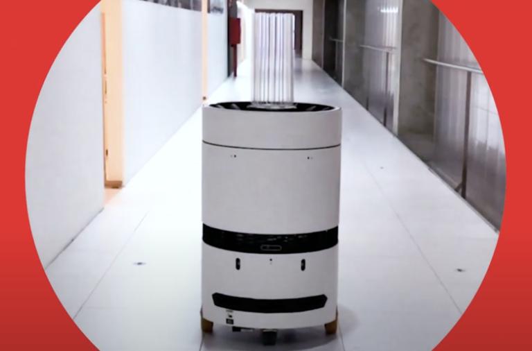 O UV-Robot, criado pela startup Follow Inpiration, faz a desinfeção do ar e das superfícies e está a ser testado no contexto hospitalar