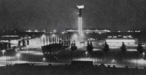 A Tocha Olímpica é um símbolo dos Jogos Olímpicos. Em Amesterdão, esta permaneceu acesa durante todo o evento, algo que perdura até aos dias de hoje.