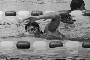 Dawn Fraser foi a primeira atleta a conquistar o título olímpico na mesma disciplina em três Jogos consecutivos.