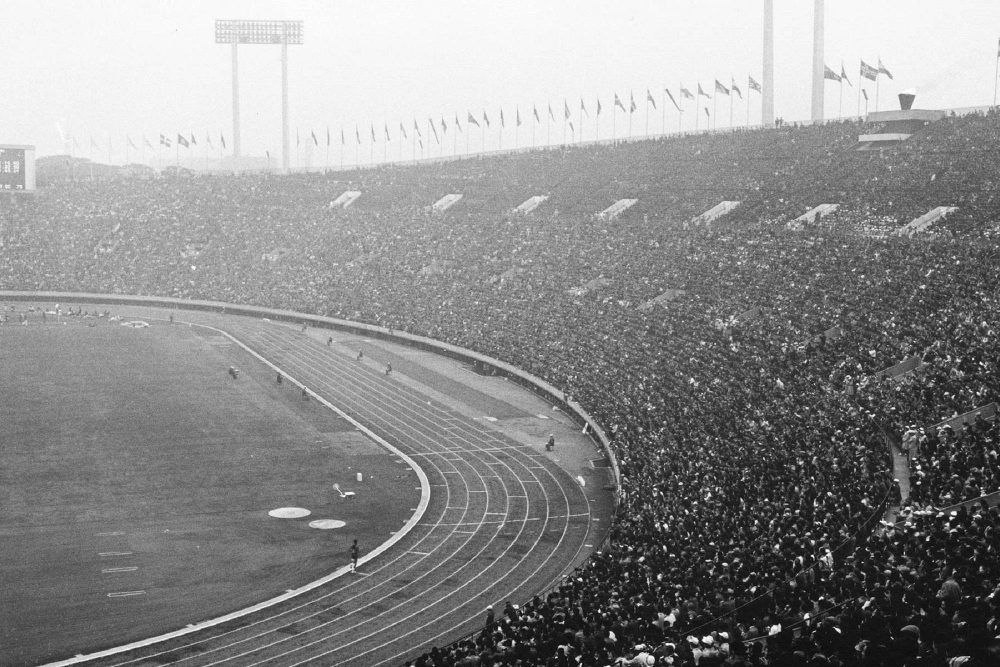Estádio Olímpico de Tóquio albergou 85 mil espectadores na cerimónia de abertura.