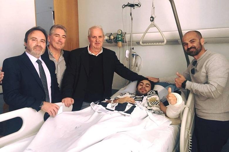Bernardo Poças, atleta de andebol do Boavista, celebrou o 19º aniversário numa cama de hospital.