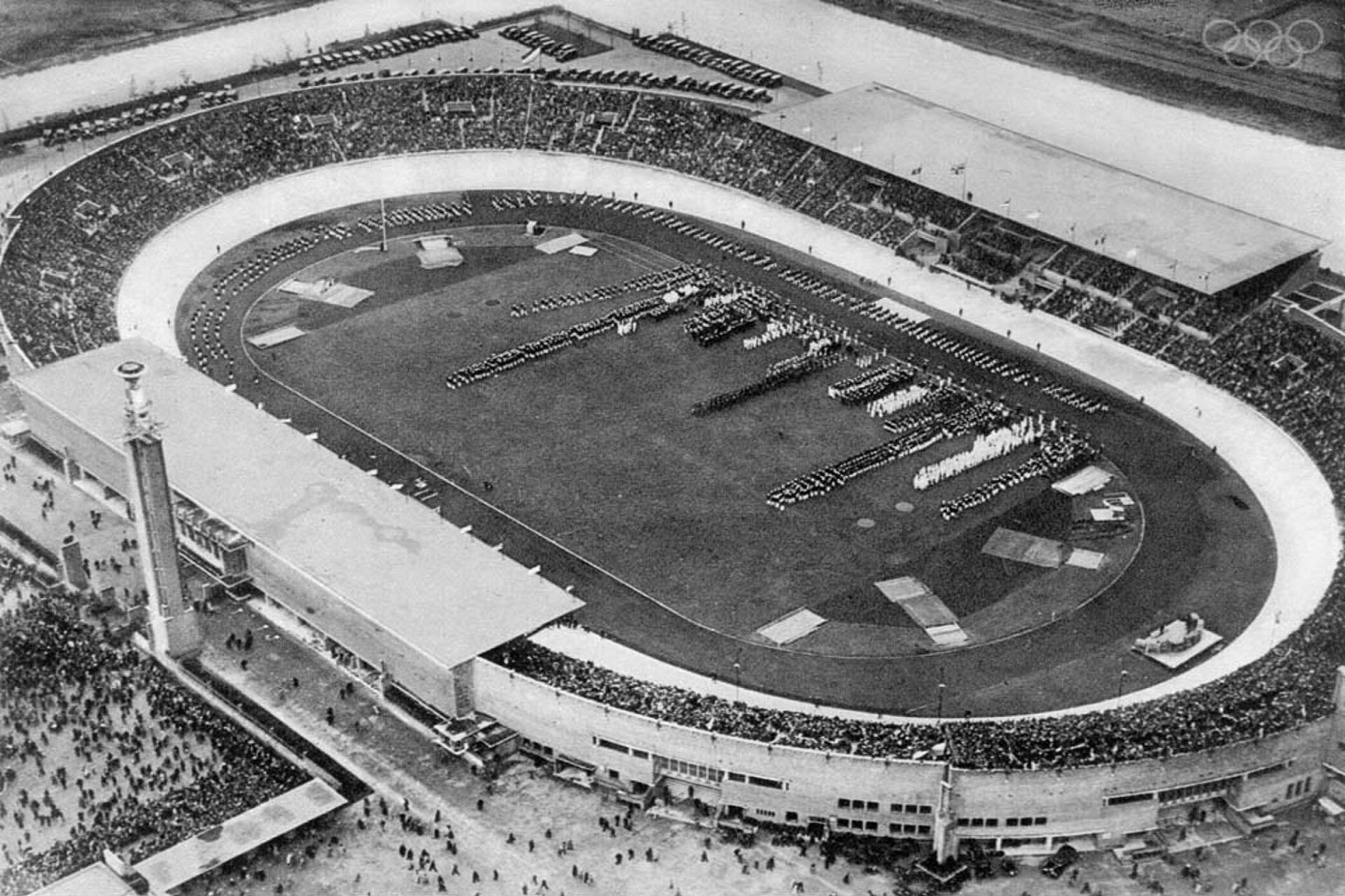 Estádio Olímpico de Amesterdão (1928).