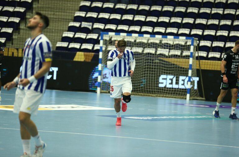 António Areia foi um dos melhores marcadores da partida, com sete golos marcados.