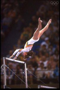 A atleta romena conquistou quatro medalhas de ouro e uma de prata.