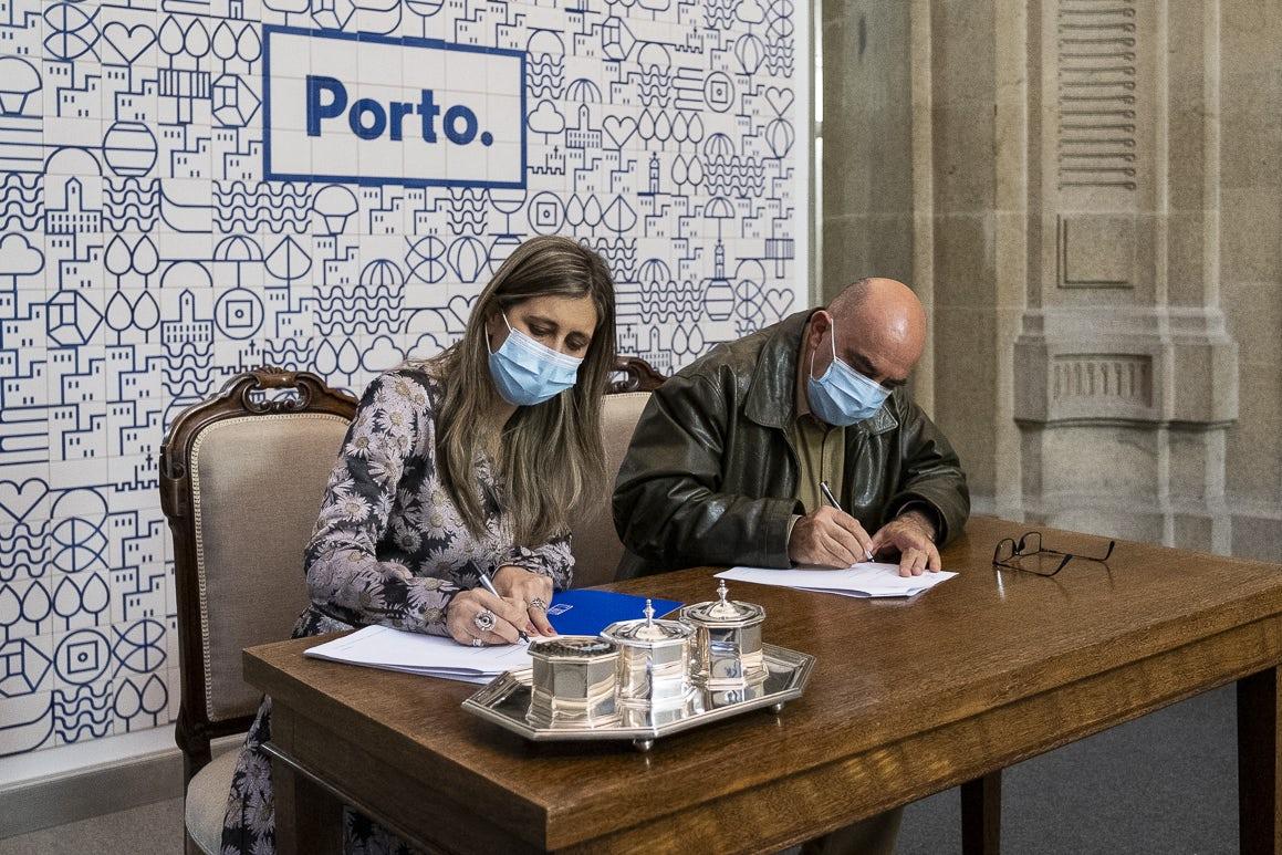 A Câmara do Porto assinou, esta sexta-feira, vários contratos para o reforço do apoio ao desporto de formação.