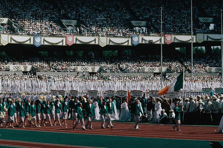 Comitiva irlandesa na cerimónia de abertura dos Jogos Olímpicos de Seul.